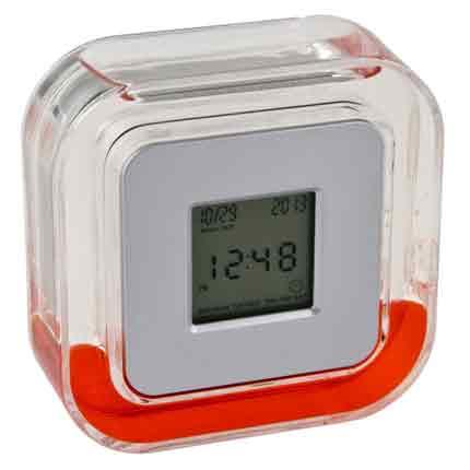 Настольные многофункциональные часы в пластиковом корпусе с красной жидкостью